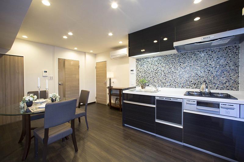 快適性とゆとりをデザインした広々ダイニングキッチン