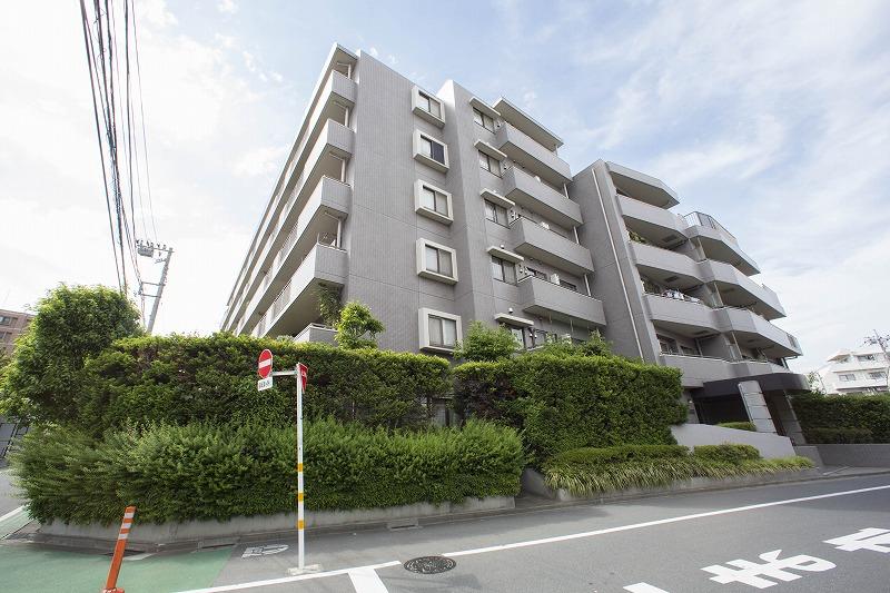 三井不動産(株)旧分譲、敷地内に駐車場あり