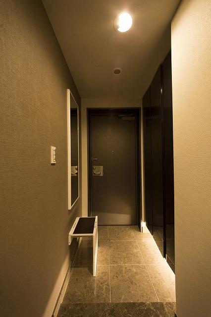 散らかりがちな玄関もスッキリの玄関収納付