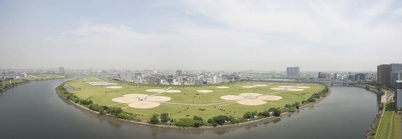 20階所在。眼下に多摩川が広がる良好な眺望。